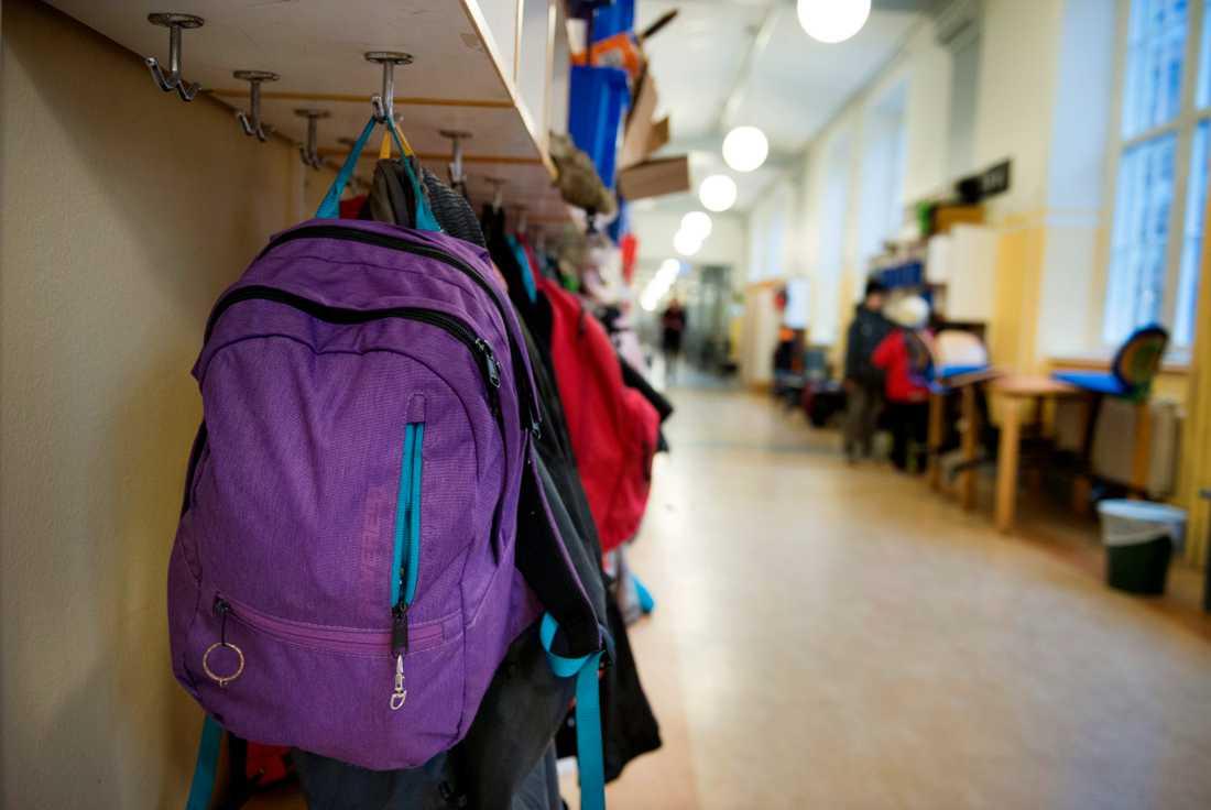 Tusentals barn i Sverige har hamnat utanför skolsystemet och har mycket hög frånvaro. Arkivbild.