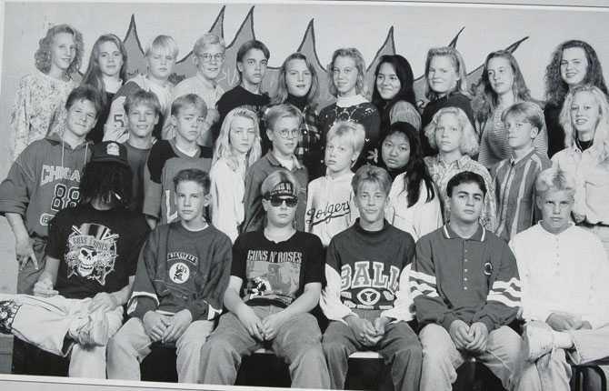 Fem år gammal flyttade familjen Ljungberg till Halmstad   där Fredrik krävde att få spela med HBK. Här, som nummer två från vänster i mittenraden, på ett skolfoto från klass 8E på Örjansskolan.