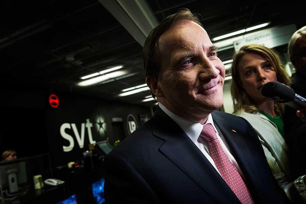 Vid en valseger tänker sig Stefan Löfven den tidigare statsministern Göran Persson som utrikesminister, erfar Ekot.