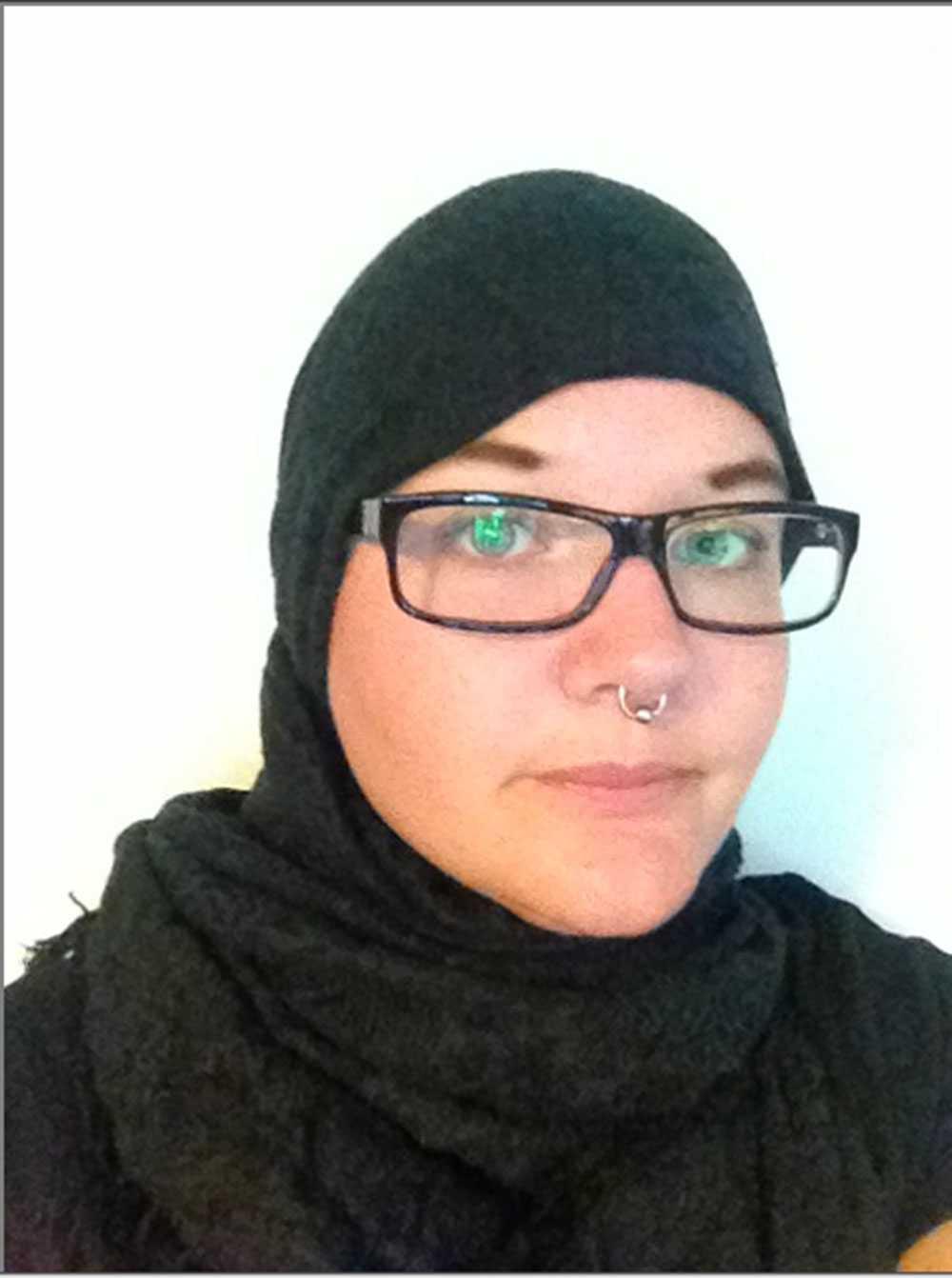 TRAKASSERADES Kristin Wretman, 29, orkade bara bära slöja i två timmar.