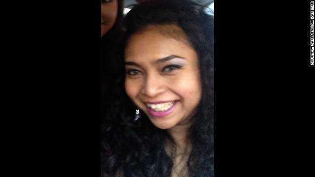 """Shazana Salleh, 34, Malaysia. Precis som de andra 14 i besättningen så kom Shazana från Malaysia. Hennes vän berättar för CNN hur hon körde Shazana till flygplatsen. – Jag körde henne till flygplatsen och sa, """"jag väntar tills du kommer tillbaka"""". Hon kommer aldrig tillbaka. Jag försöker skicka meddelanden, men får inget svar."""