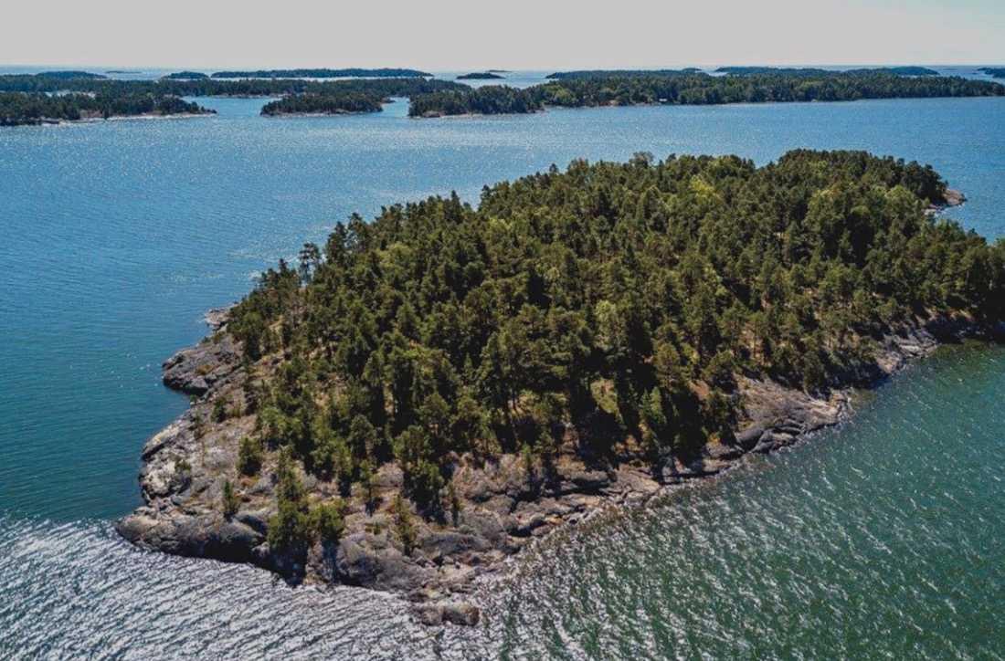 Den mansfria ön ligger utanför den finska kusten.