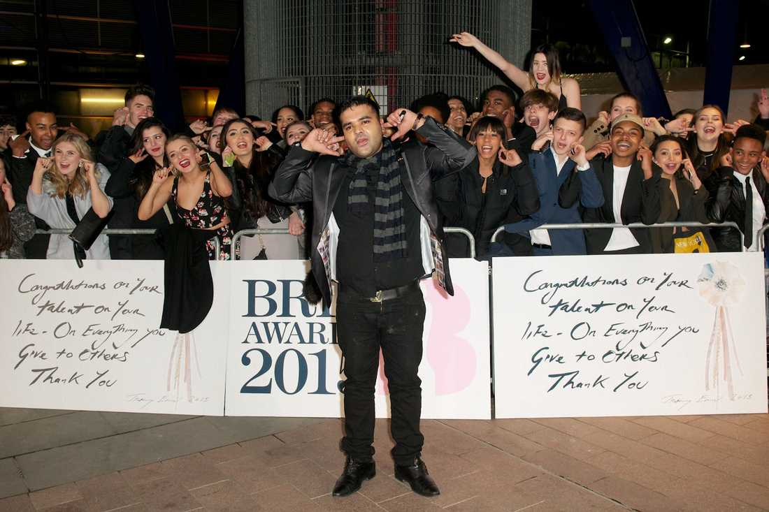 Naughty Boy på Brit Awards.