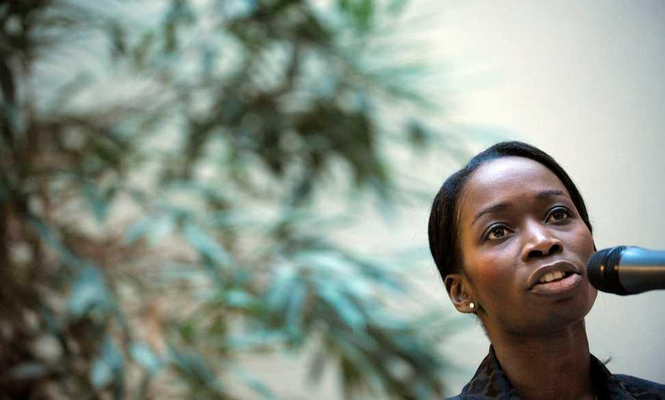 Jämställdhetsministern Nyamko Sabuni hävdar att rut-avdraget inte bara nyttjas av de med höga inkomster, utan av människor i alla inkomstgrupper.
