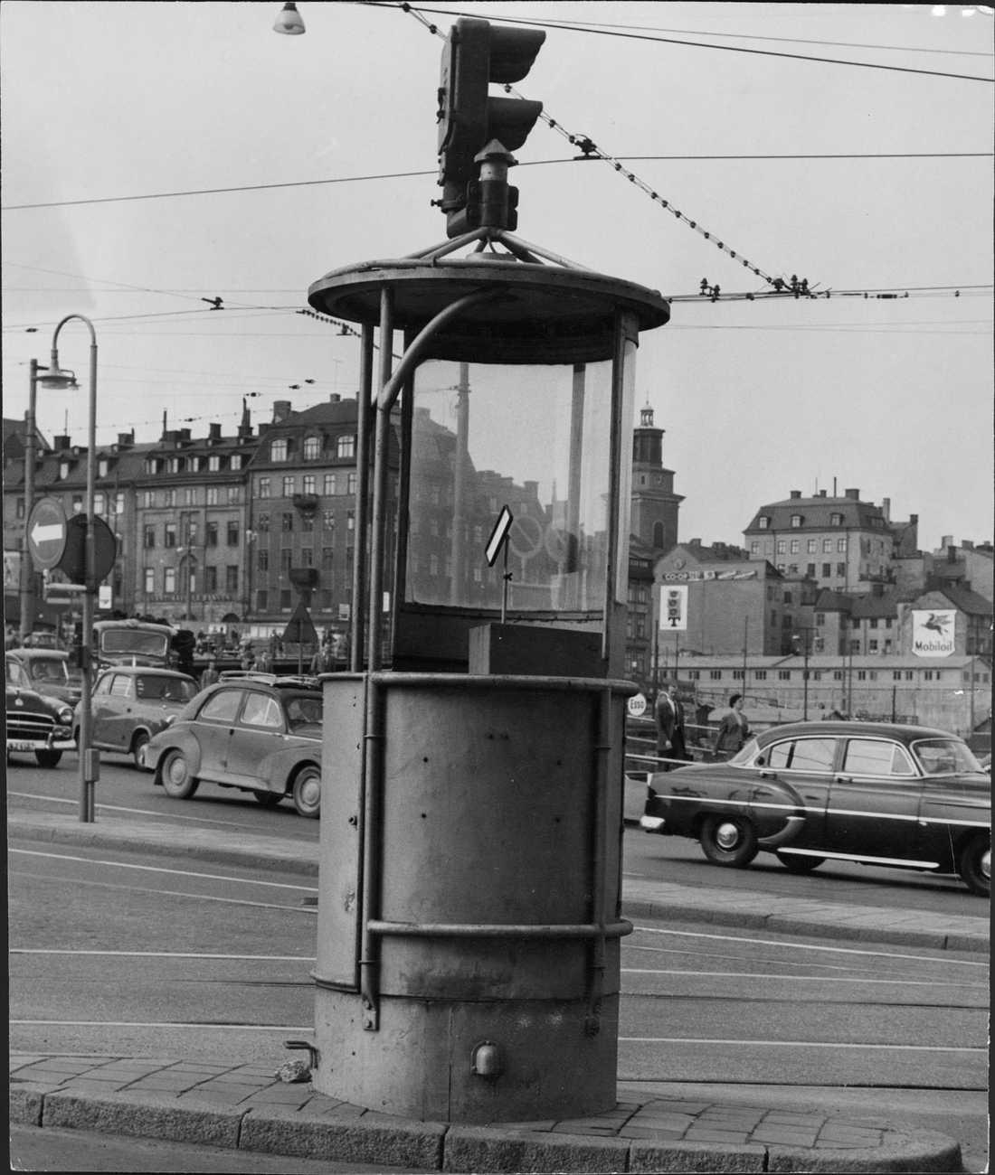 Slussen slutet av 50-tal Poliskur.