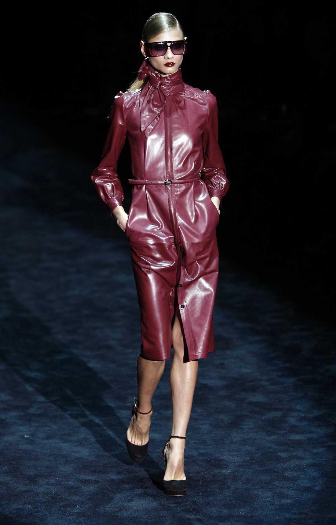 Färgat läder Gucci.