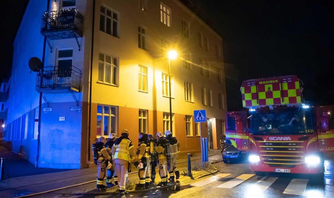 Samma lägenhet i Malmö har brunnit två kvällar i rad.