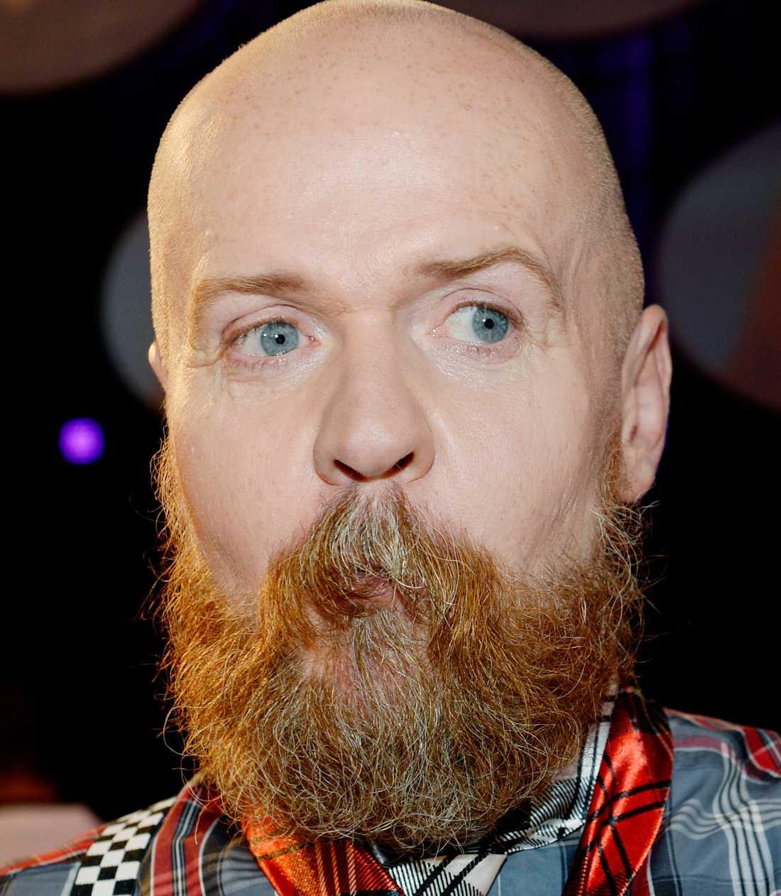 Ryska skägget Alexander Bard imponerar stort med sin ryskinspirerade skäggväxt.