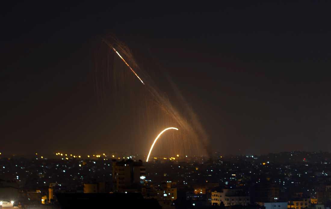 Raketer avfyrade från Gazaremsan mot Israel under onsdagen.
