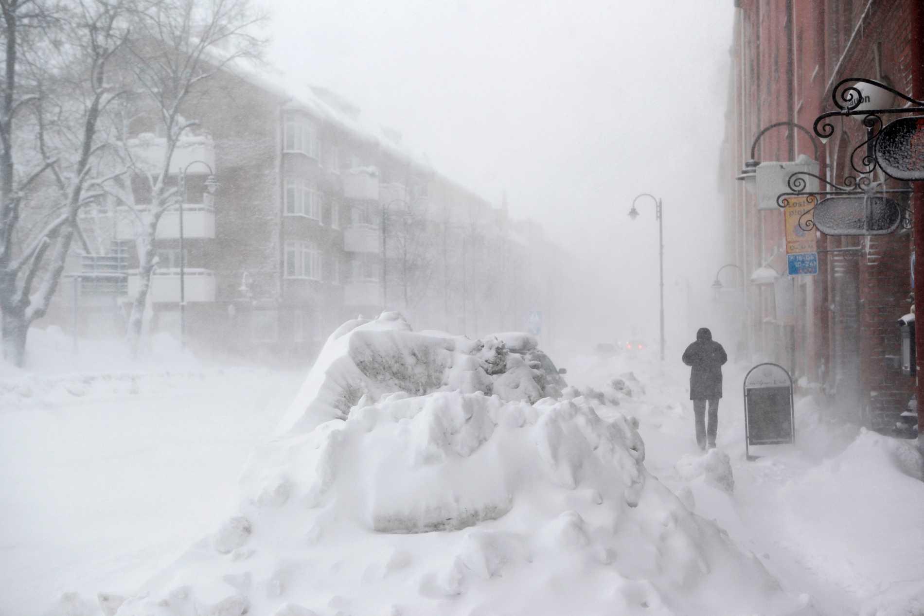 Mycket snö i många delar av landet.