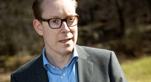Tobias Billström är också med.