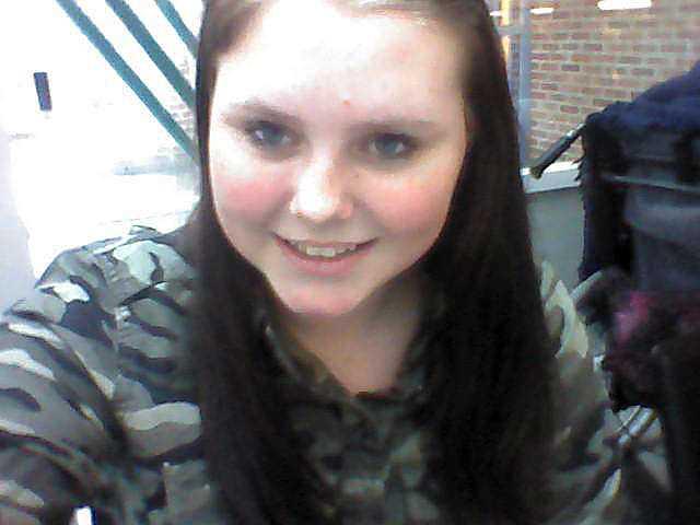 Linn, 13, orkade inte stå emot mannens hot. Den 8 mars 2013 tog hon sitt liv i Kumla.