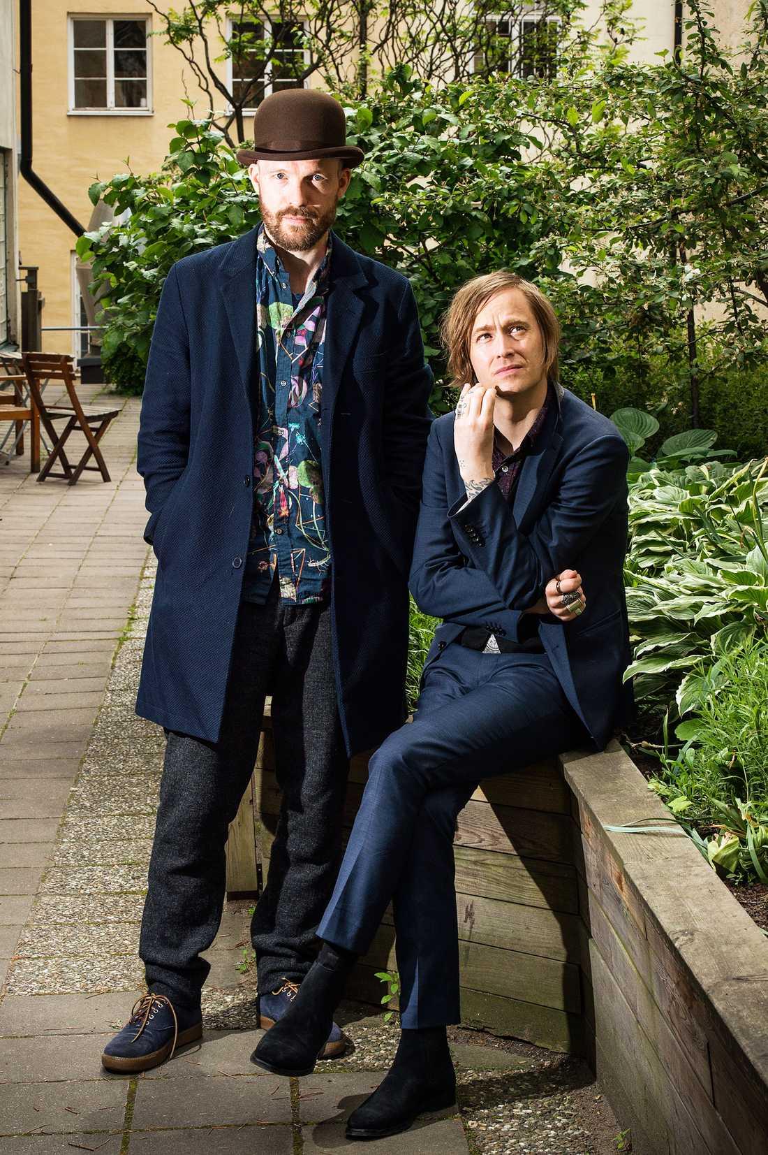 David Sandström, trummis, och Dennis Lyxén, sångare, i Refused.