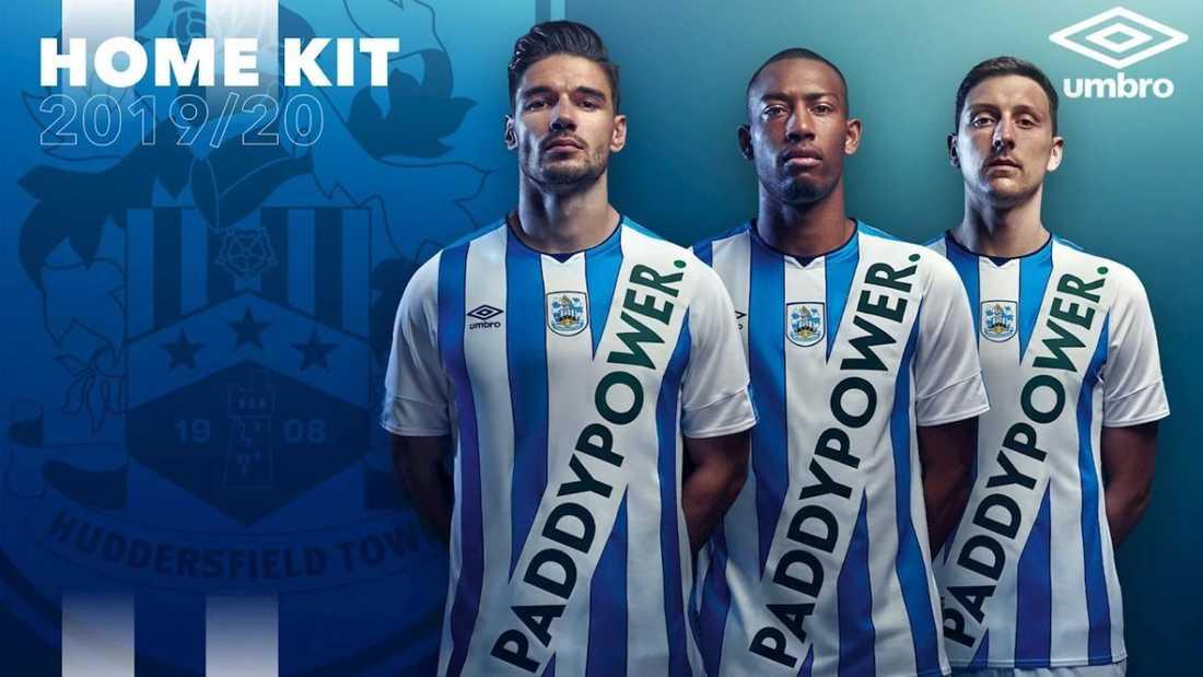 Bilden som Huddersfield använde för att presentera nya tröjan.