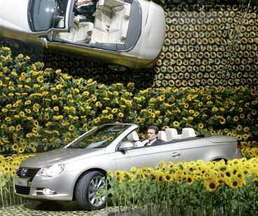 VW Eos Kommer: juni. Profilprodukt från VW, en plåtcabbe. Nu ska VW-märket förvandlas till något spännande och tjusigt.
