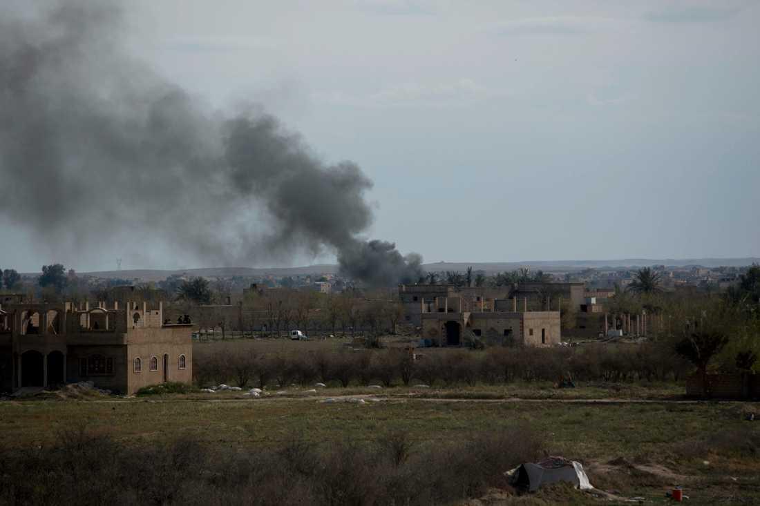 IS uppges vara besegrat i Syrien efter en slutstrid i Baghouz.