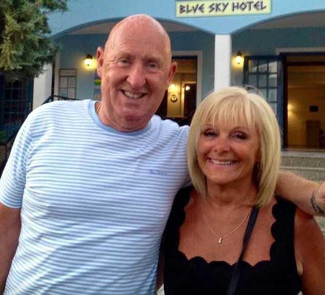 John och Susan Cooper  dog under semestern i Egypten.
