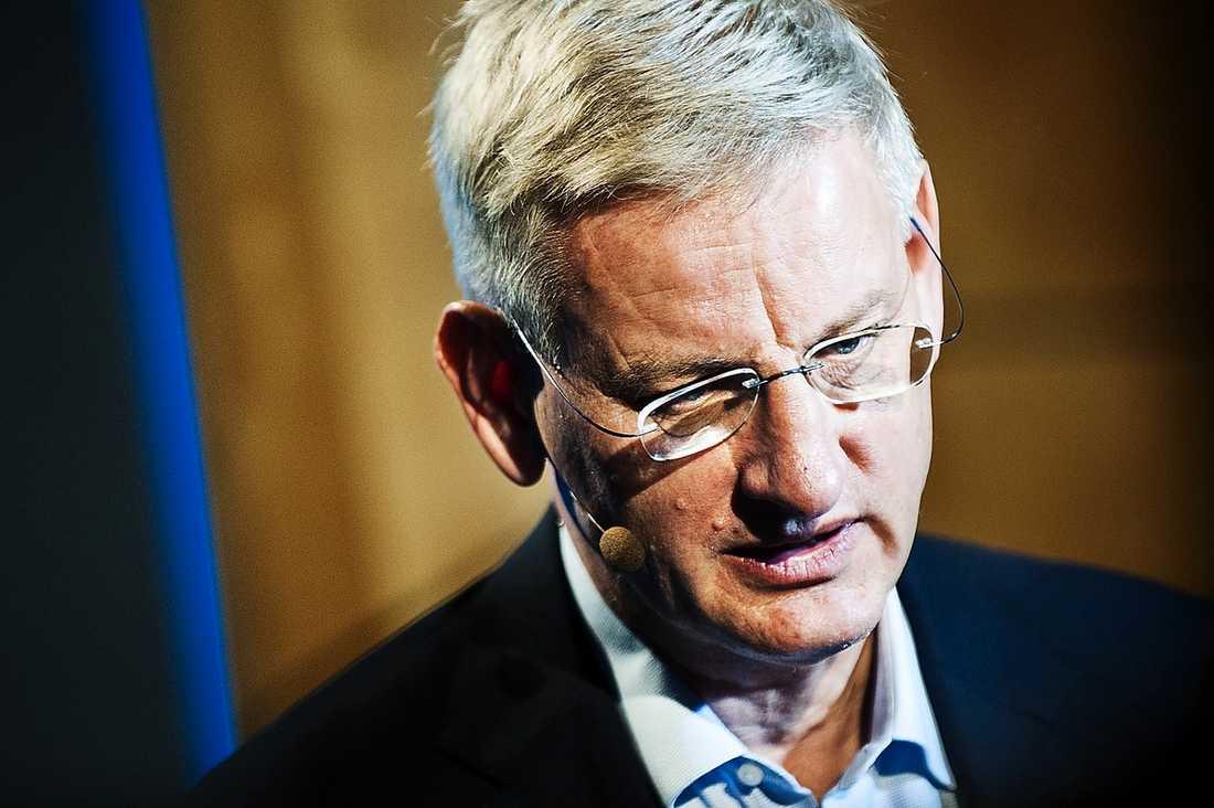 Tidigare styrelsemedlemmen Carl Bildt vill inte uttala sig.