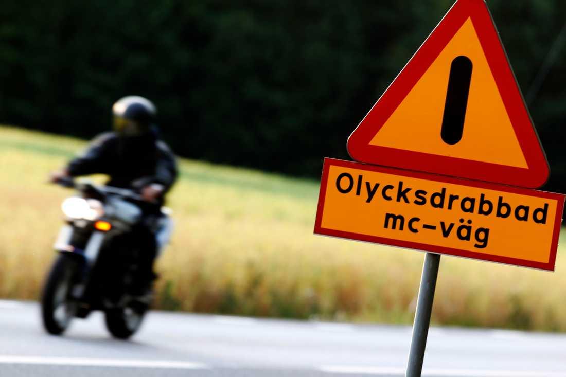 Mellan 200 och 300 motorcykelförare samt 30–40 passagerare skadas svårt i trafiken varje år, enligt statistik. Arkivbild.