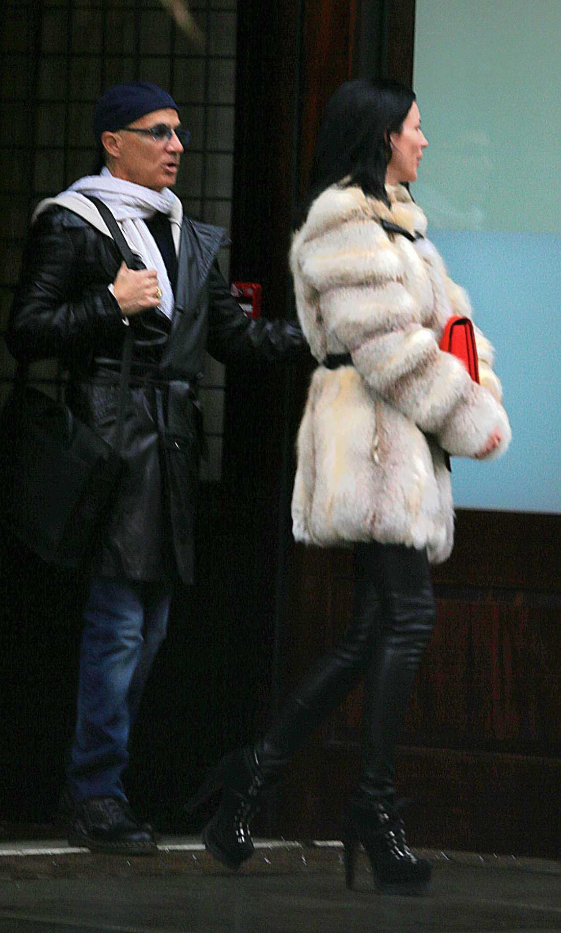 Paret syns på stan i New York.