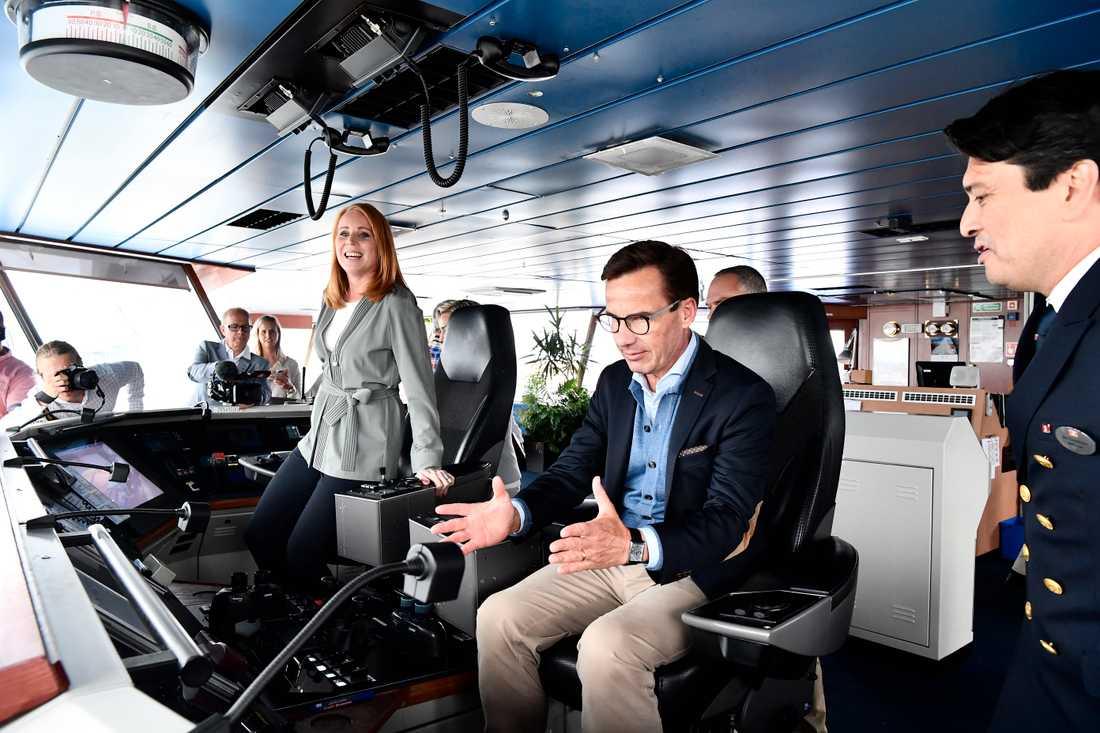 Alliansens partiledare Annie Lööf (C) och Ulf Kristersson besöker Stena Line i Göteborg.