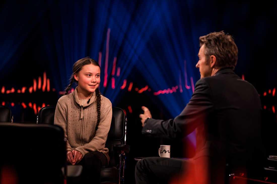 16-åriga klimataktivisten Greta Thunberg och programledare Fredrik Skavlan.