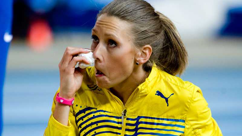Jungmark  började blöda näsblod strax innan finalen - men det stoppade henne inte från att ta medalj.