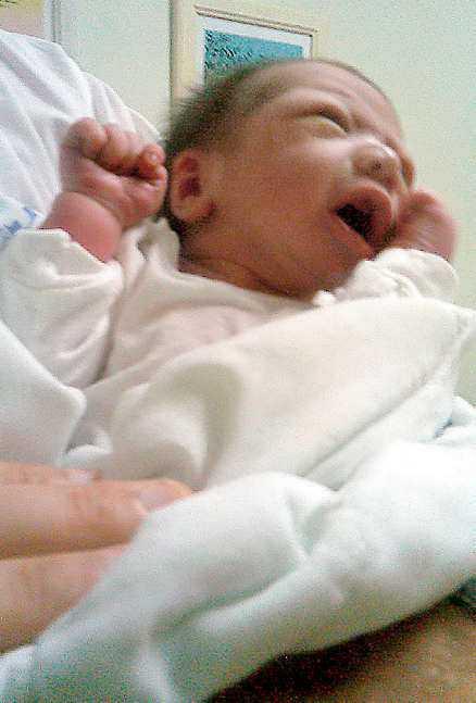 Den lille pojken finns nu på sjukhuset i San Lucas. Hans tillstånd är stabilt.