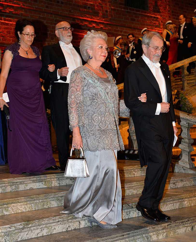 prinsessan Christina med kemipristagaren Martin Karplus.