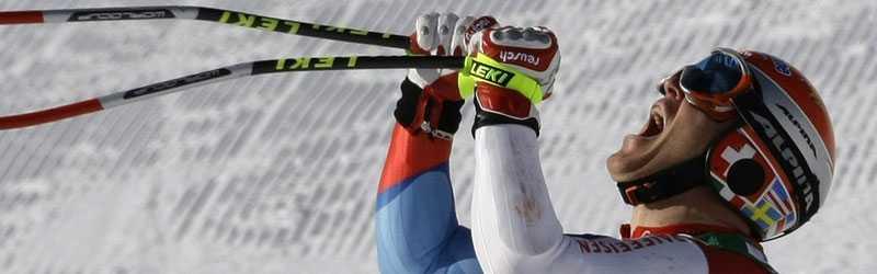 Didier Cuche tog en efterlängtad guldmedalj i dagens super G.