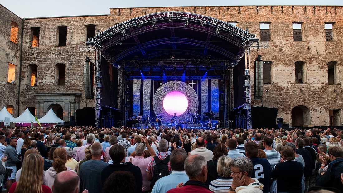 Utsålt i Borgholms slottsruin, cirka 4000 i publiken.