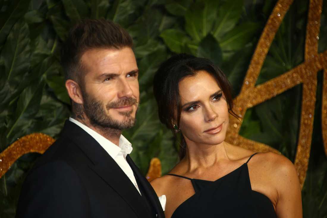David och Victoria Beckhams ombyggnadsplaner uppskattas inte av grannarna.