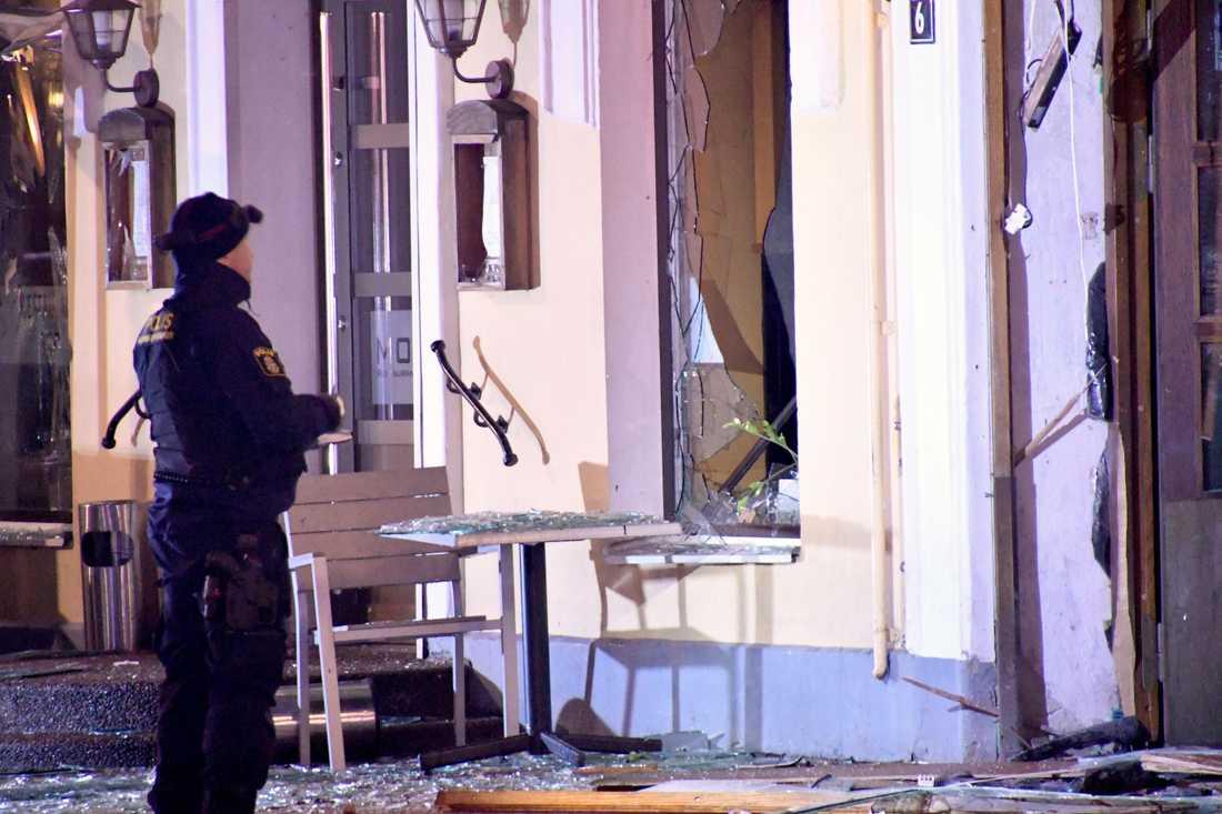 Explosion vid nattklubben Etage på Stortorget i Malmö