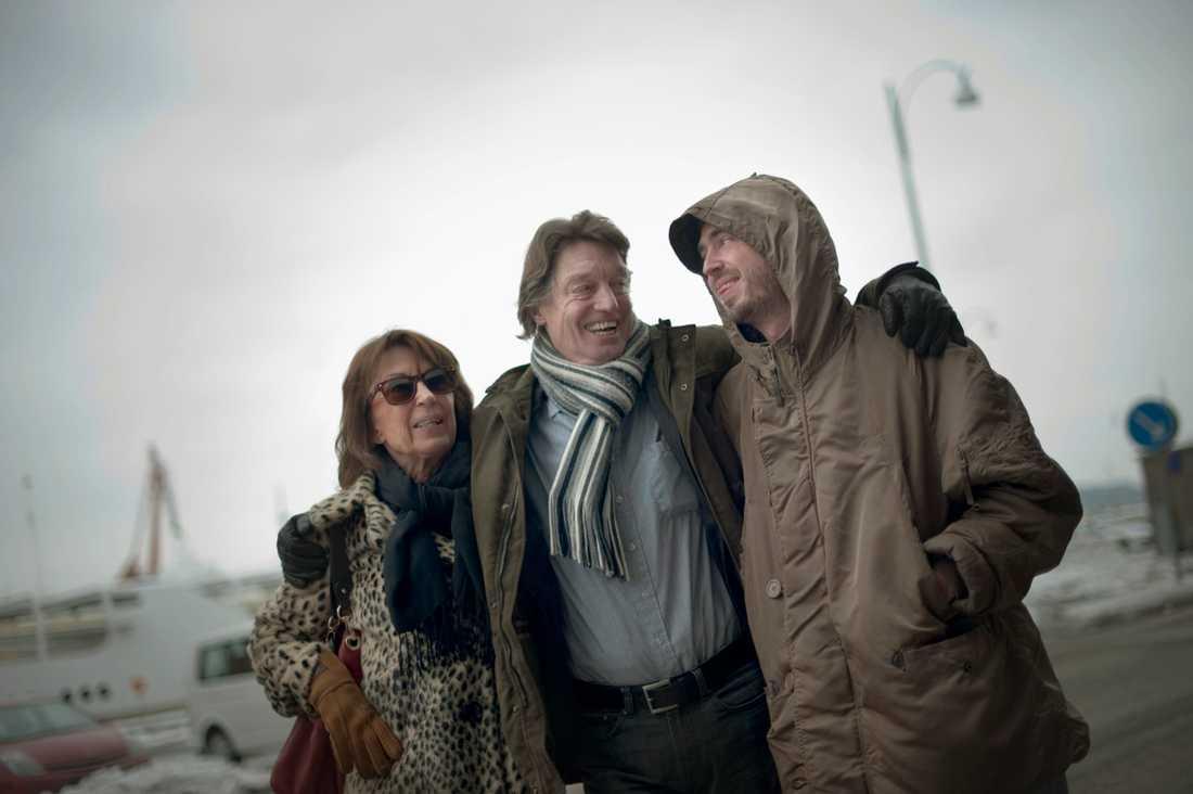 """Leonore Ekstrand, Johannes Brost och Axel Petersén från filmen """"Avalon""""."""