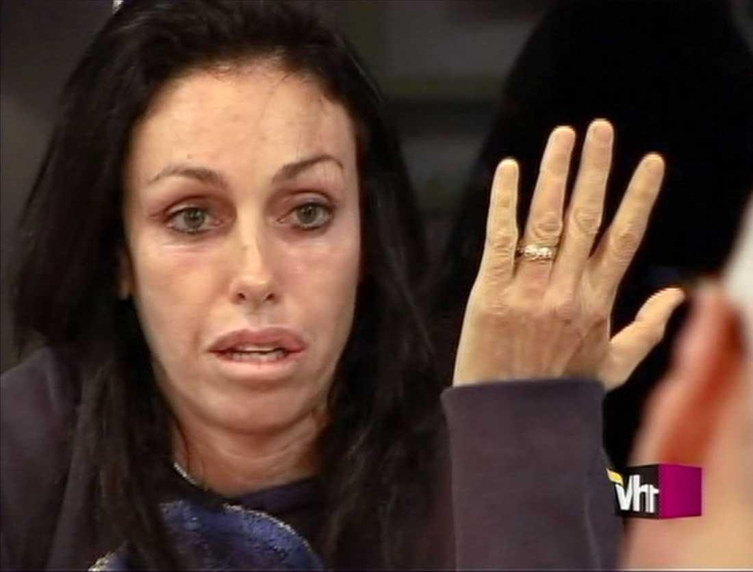 1995 Förekommer i en prostitutionsutredning i Hollywood, med den kända bordellmamman Heidi Fleiss.