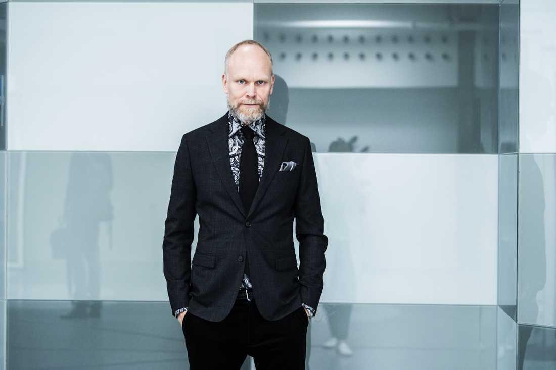 """Kristian Luuk, programledare för """"På spåret""""."""