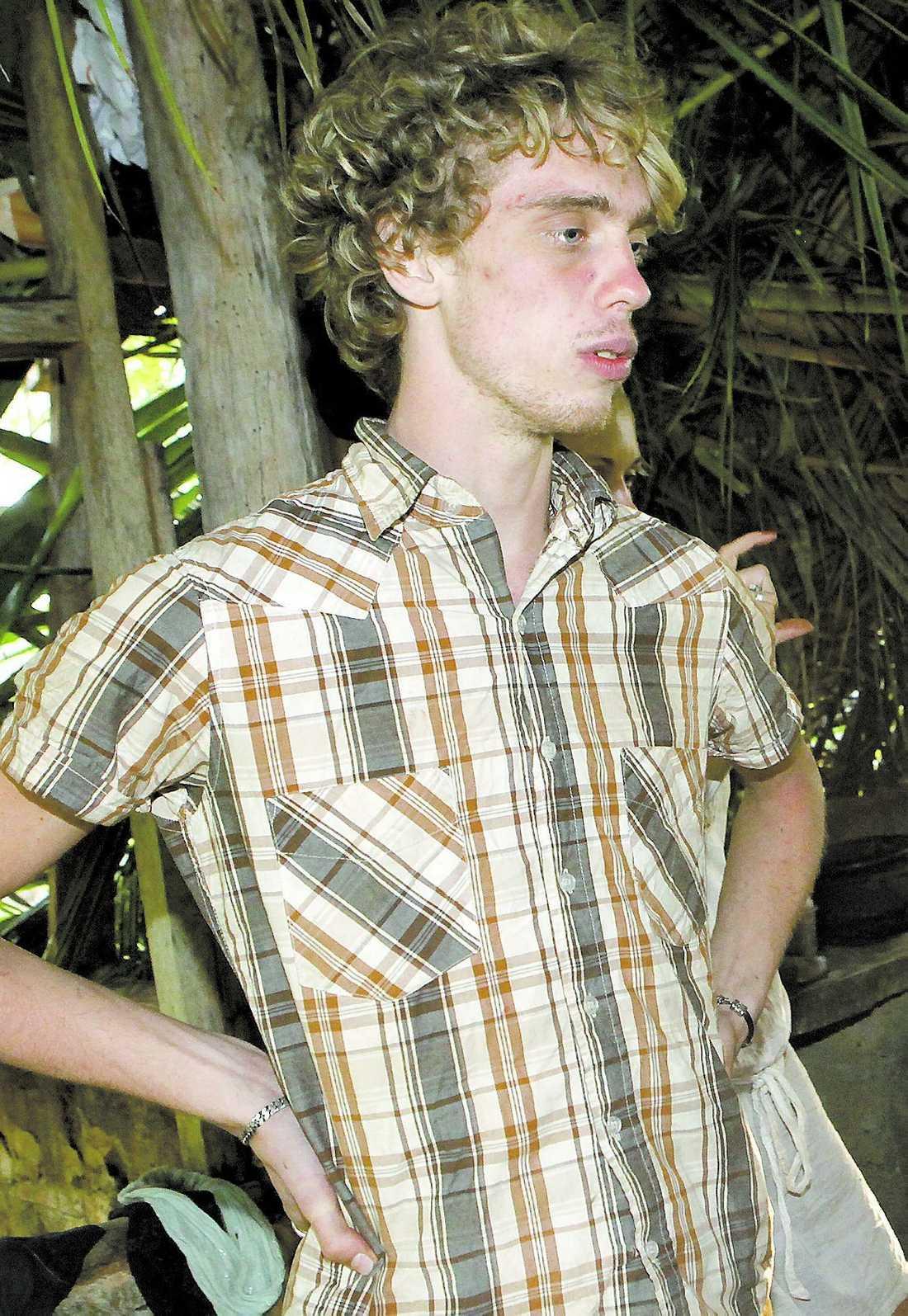 """Erik Rydberg, 21, friade till sin sambo när han kom hem från """"Robinson""""-ön, men när programmet började sändas sprack förhållandet. """"När väl """"Robinson""""-skiten drog igång... det är helt sjukt vad som händer med en"""", säger han."""