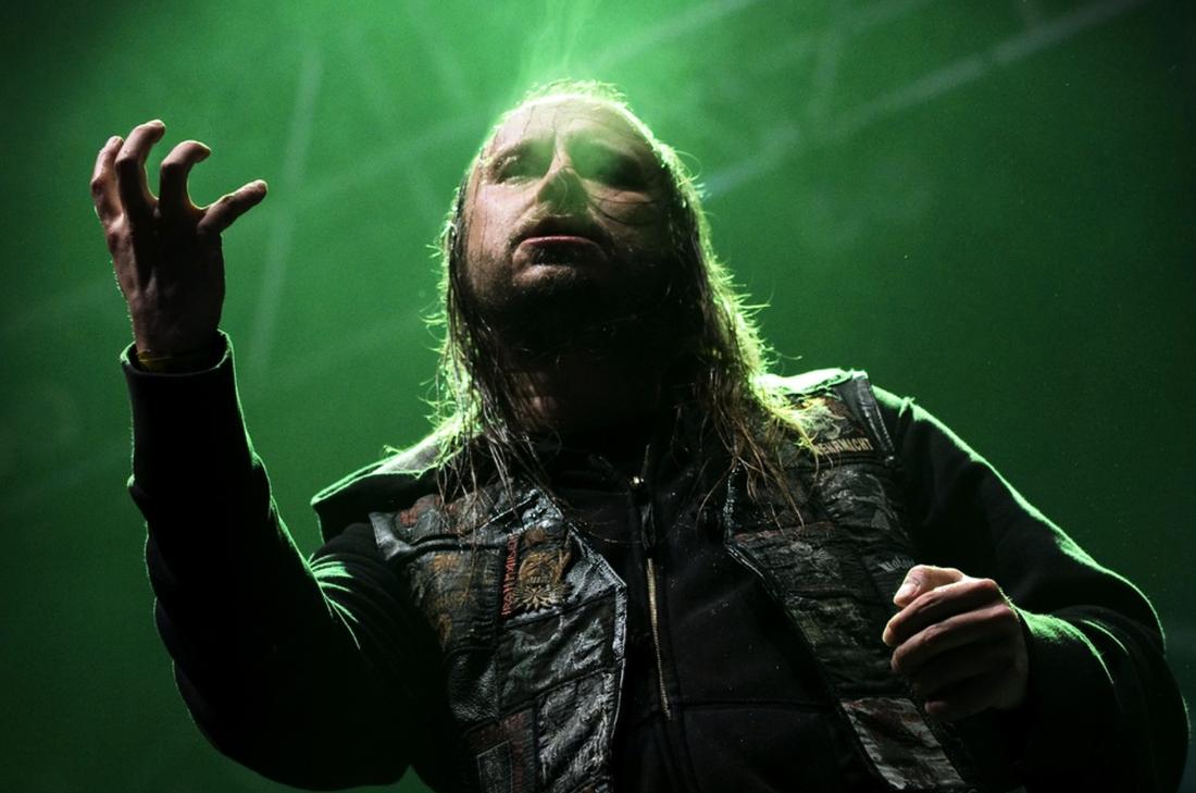 LG Petrov på scen med Entombed 2012. Arkivbild.