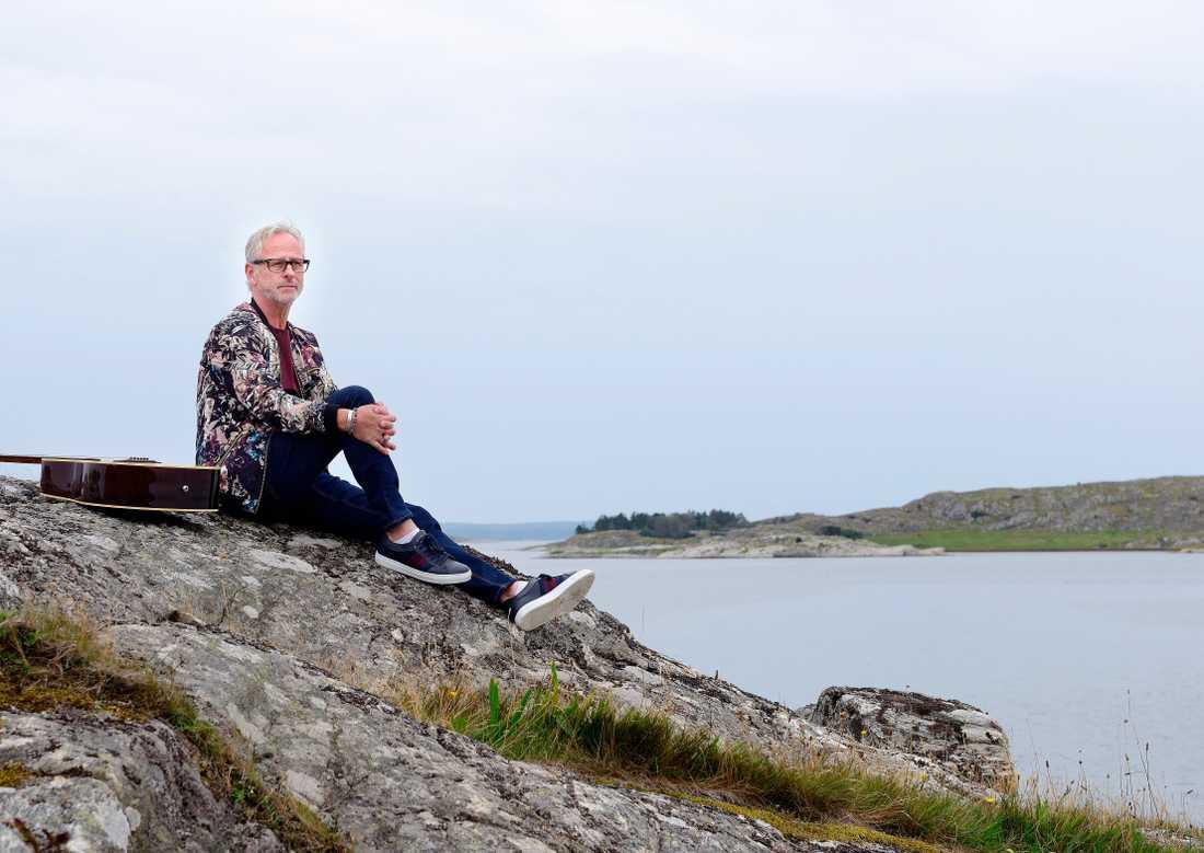 Uno Svenningsson trivs bäst vid havet hemma i Stenungsund.