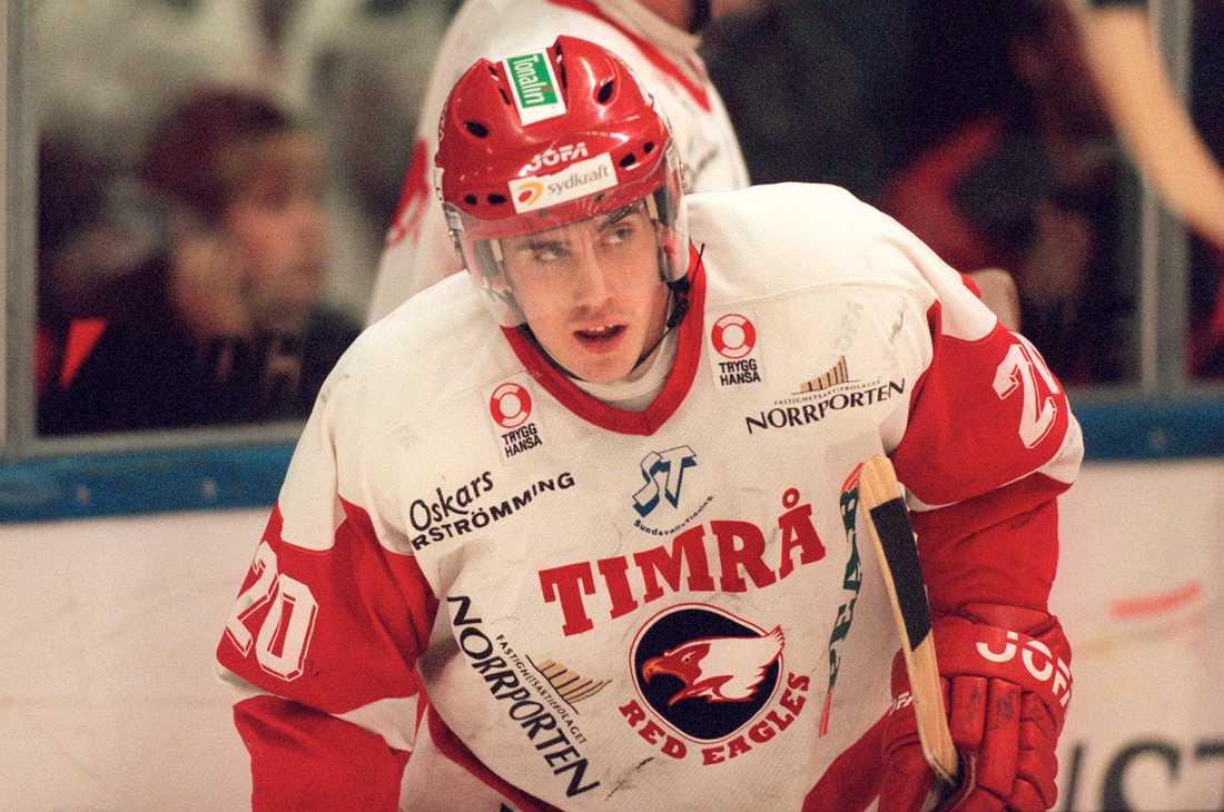 Zetterberg i Timrå-tröjan 2001.