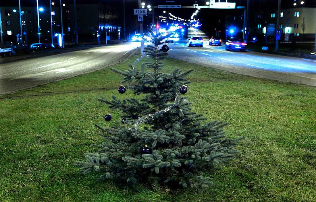 """""""I'm dreaming of a white Christmas..."""" Så här grönt kommer stora delar av Sverige att vara över jul. 2014 kommer med stor sannolikhet bli det varmaste året som uppmätts och det borde vara bråttom att få till förändringar – men det går för långsamt."""