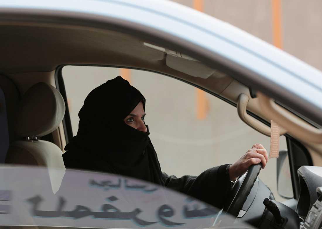 Kvinnorättsaktivisten Aziza al-Yousuf är en av de åtalade kvinnorna i rättegången. Arkivbild.