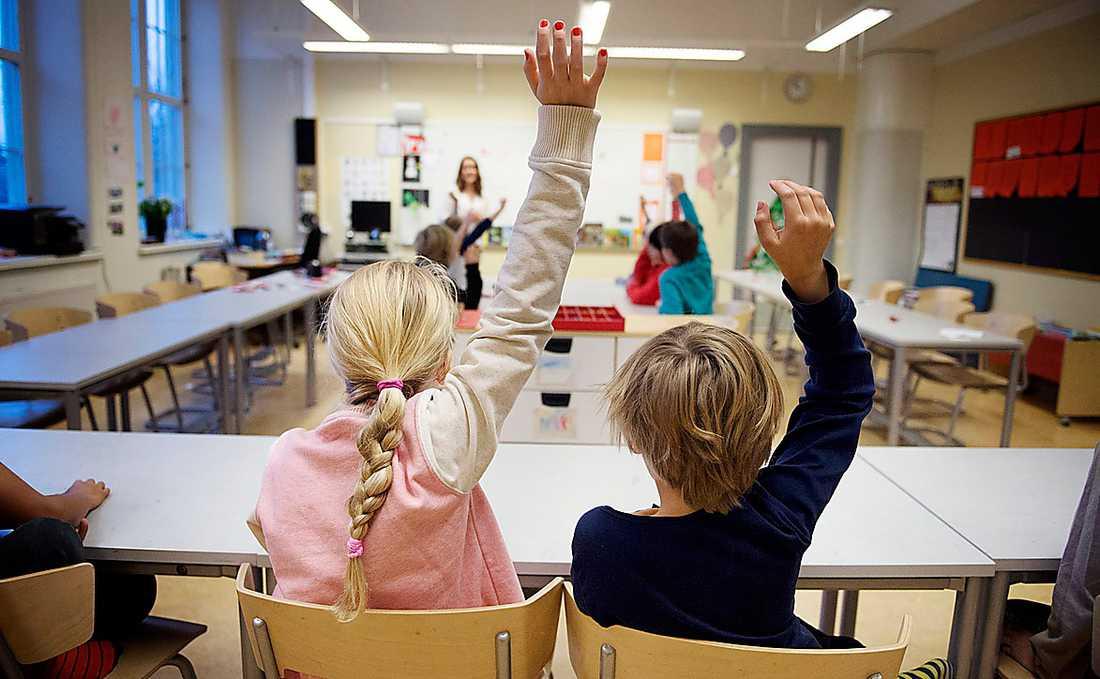 Skolan behöver utvärderas på fler än ett sätt, menar avsändaren.