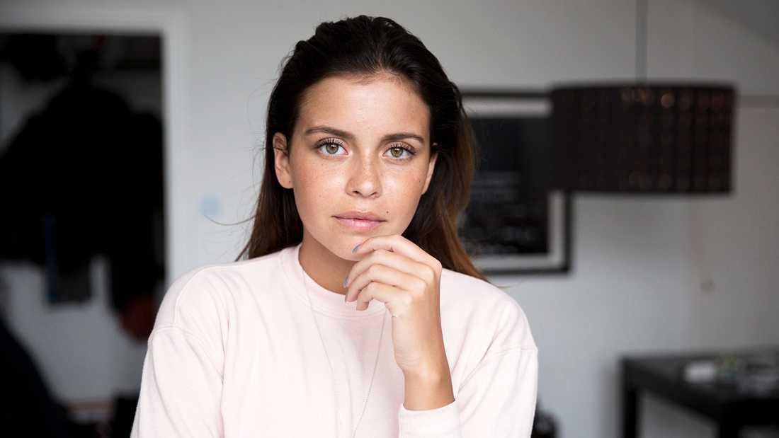 Nicole Falciani.