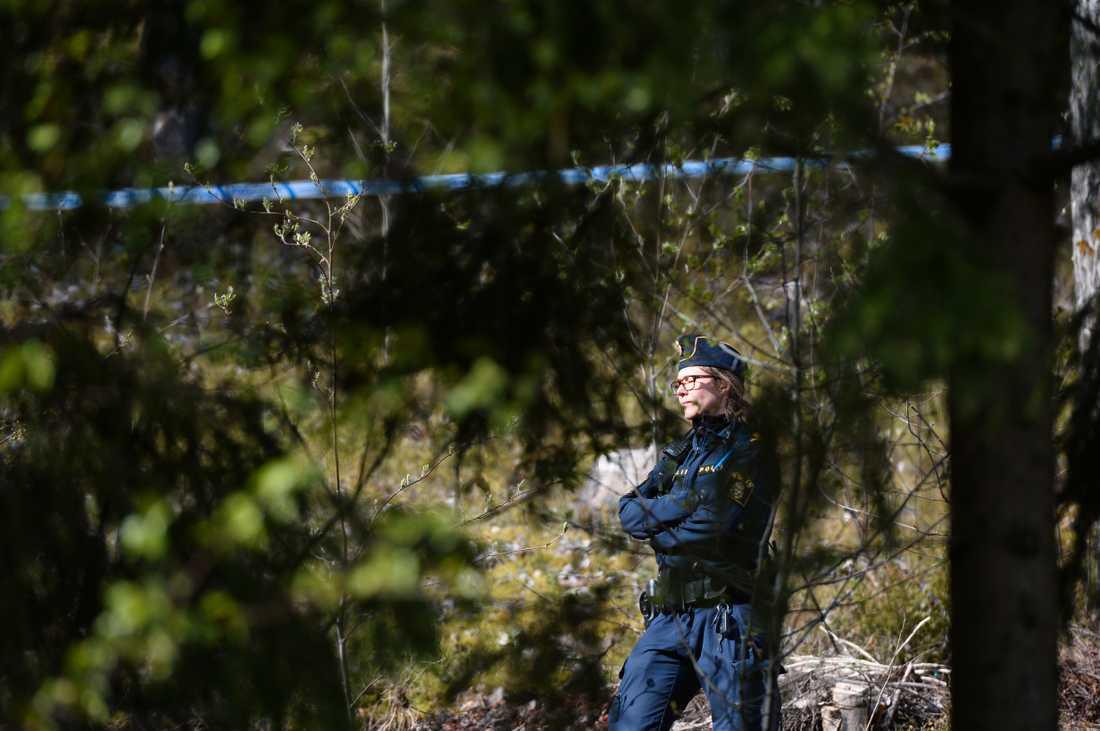 Yngre kvinna hittad död i Märsta