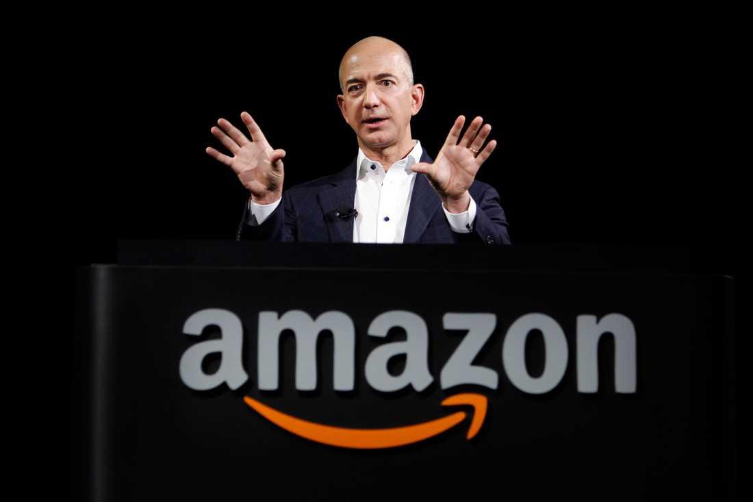 """Från bokbutik på nätet till """"everything store"""". Amazons grundare Jeff Bezos drömmar har blivit verklighet. Foto: Reed Saxon/AP"""