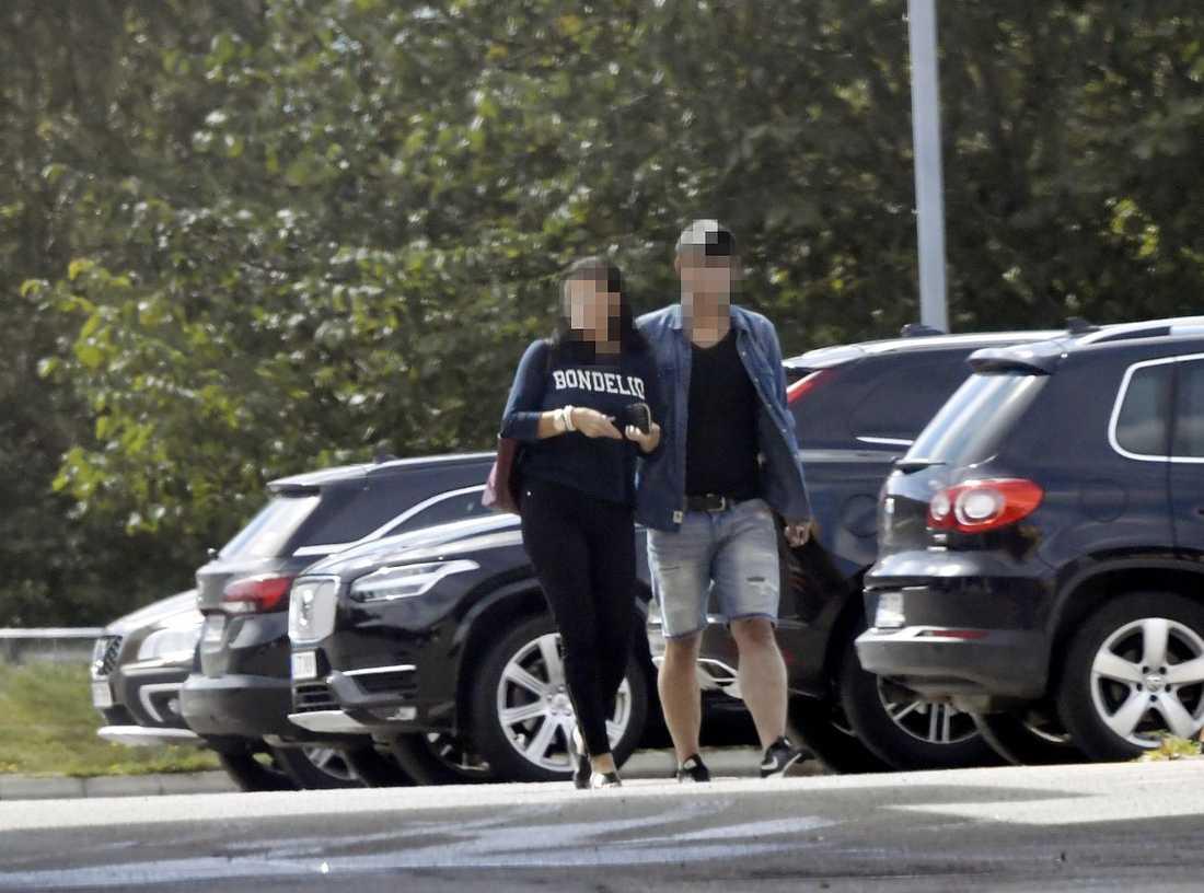 Kvinnan och hennes medmisstänkte pojkvän träffade Aftonbladet efter att de släppts - drygt en vecka senare greps de igen.