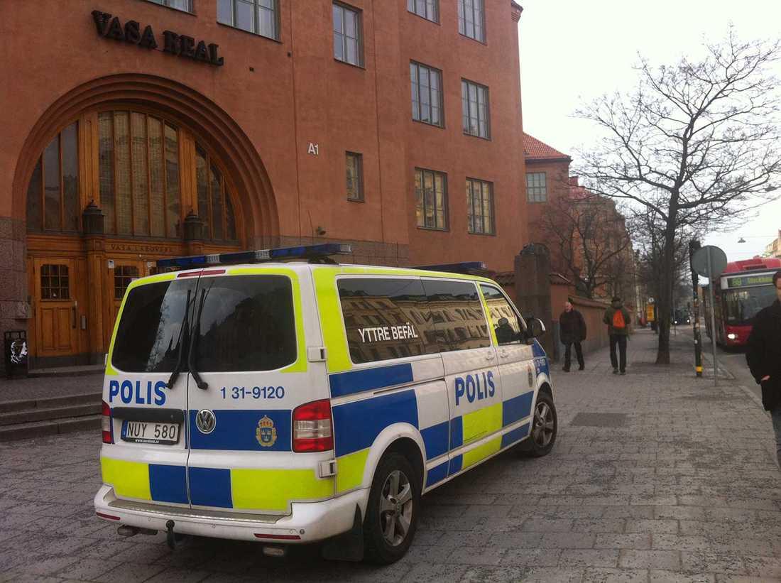 Polisen har inlett en utredning och genomför i dag förhör vid skolan.