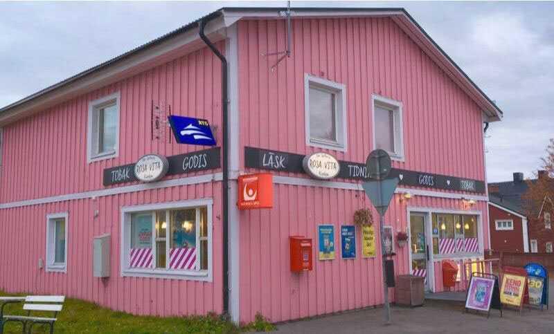 Oda Spelbutik i Kiruna, även kallad Rosavita kiosken.