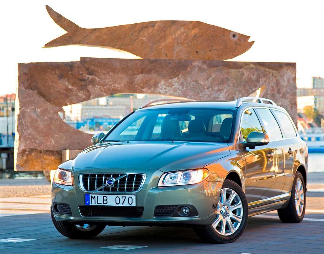 En Volvo V70 av årsmodell 2009 – en av de säkraste bilarna man kan färdas i enligt Folksams statistik.